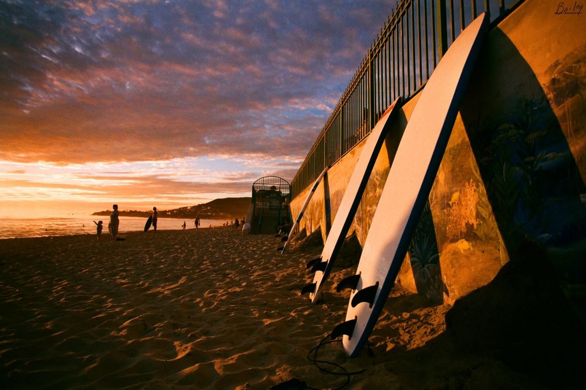 Photos taken with a lomo camera have high contrast, twisted colors, and a noticeable vignette
