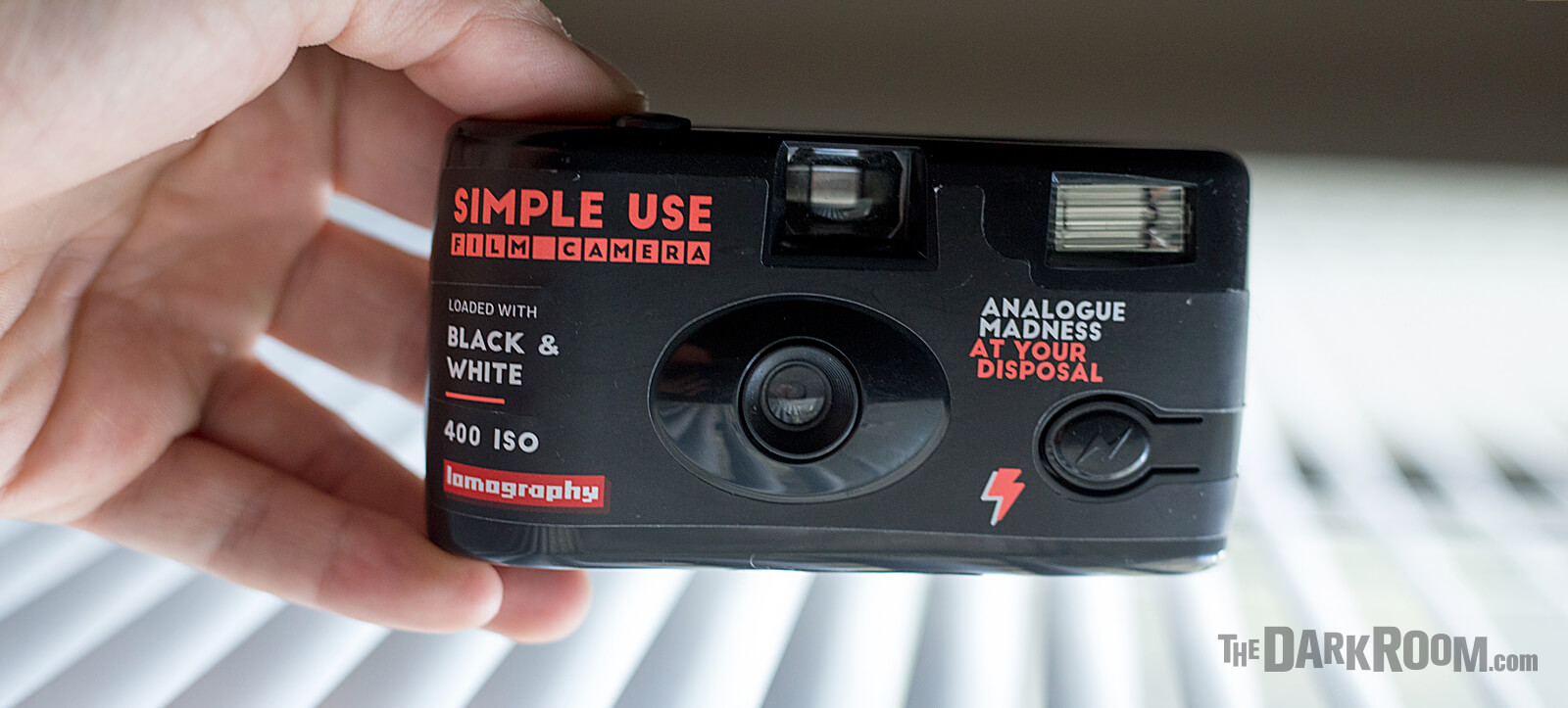 Lomography B&W 400 Simple Use Disposable Camera