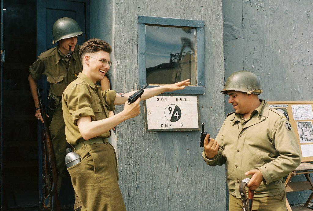 Kodak Portra 400 | Minolta SRT202 / Rokkor-X PF 50mm f1.7 | WWII Weekend, Reading, PA