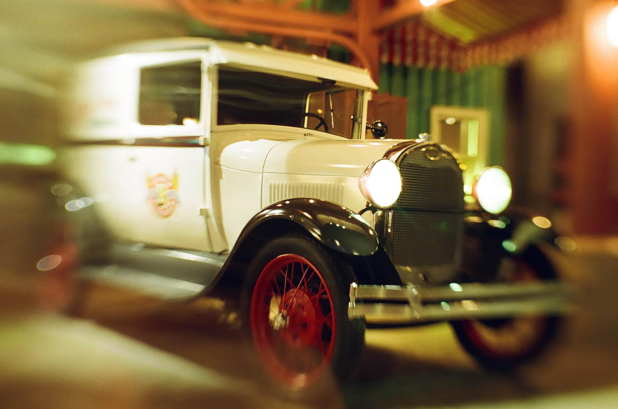A car at Disney's California Adventure. Shot with a Lensbaby Sol 45 tilt lens.