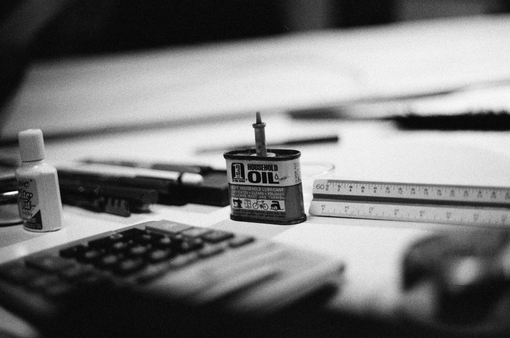 A shot of a relative's desk. Shot at 3200, and developed at 3200 by the Darkroom.